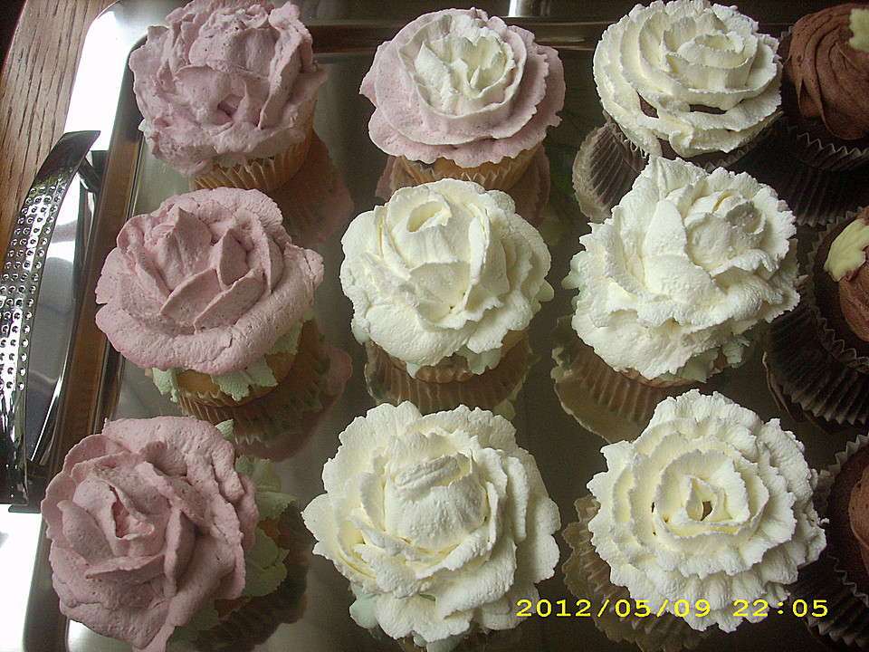 joghurt cupcakes mit leichtem quark sahne topping von piri. Black Bedroom Furniture Sets. Home Design Ideas