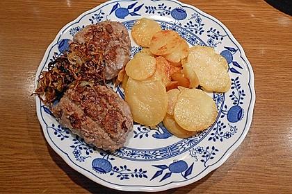 Deutsches Beefsteak nach Uromas Art 1