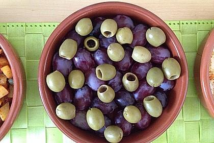 Oliven in Kräuter-Gewürz-Marinade 1