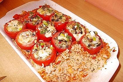 Gefüllte Tomaten auf Reis 1