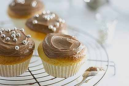 Banana-Cupcakes mit Philadelphia-Schokoladen-Haube