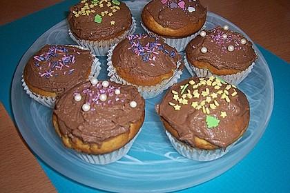 Banana-Cupcakes mit Philadelphia-Schokoladen-Haube 3
