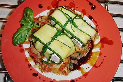 Ziegenfrischkäse im Zucchinimantel 11