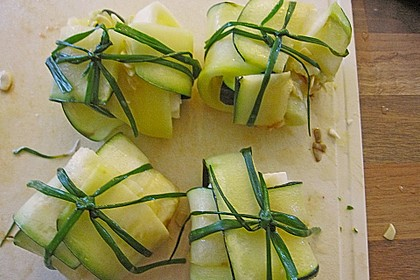 Ziegenfrischkäse im Zucchinimantel 30