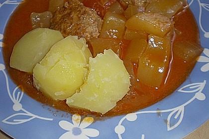 Schmorgurken mit Mettbällchen 1
