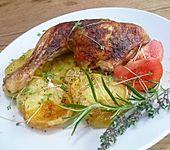 Gebackene Hähnchenkeulen auf Kartoffeln