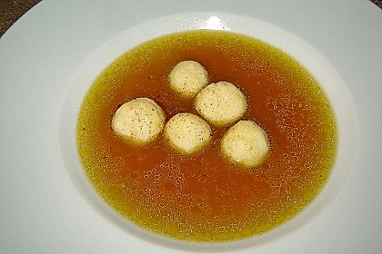 Goldgelbe Hühnersuppe 33