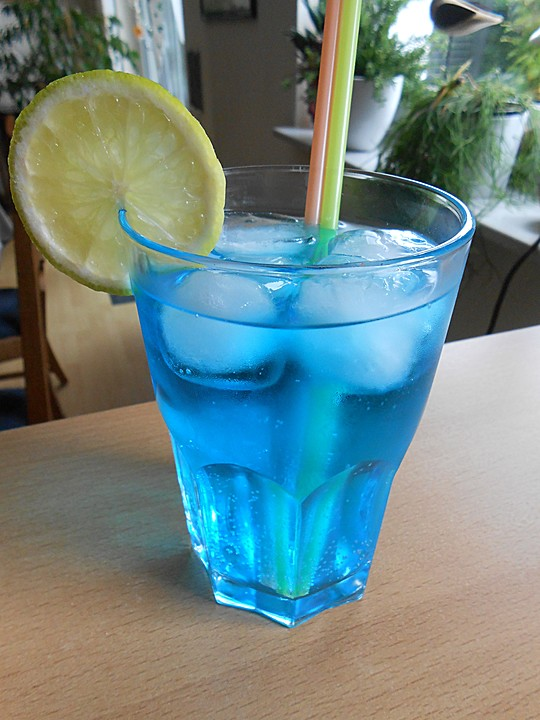 Blue cocktail  Blue Friend von MaryFufa | Chefkoch.de