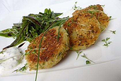 Kohlrabi in Parmesan-Kräuter-Panade 2