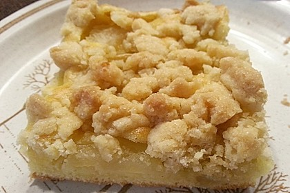 Apfelkuchen mit Streuseln 12