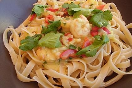 Pasta mit Garnelen in Kokos-Sahne-Soße 2