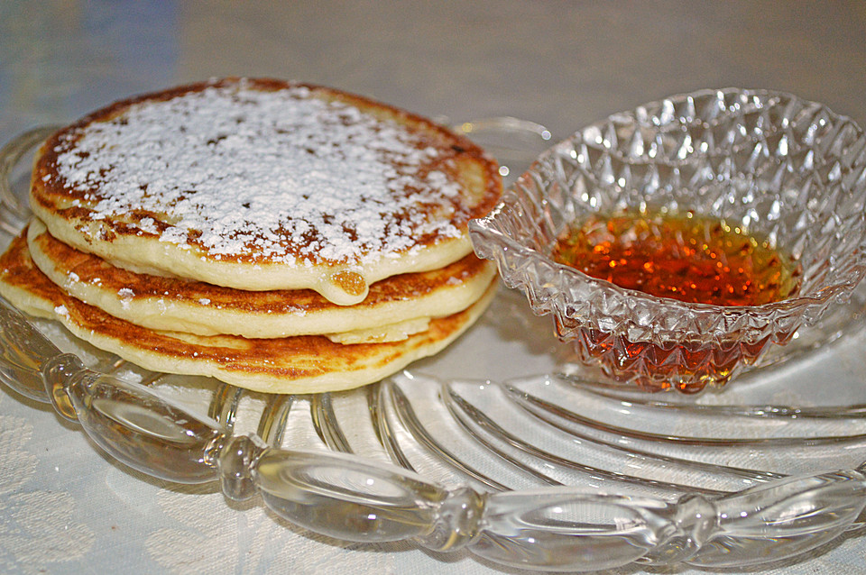 amerikanische buttermilch pancakes rezept mit bild. Black Bedroom Furniture Sets. Home Design Ideas