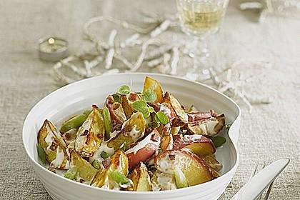 Winterlicher Miracel Whip Kartoffelsalat aus dem Ofen