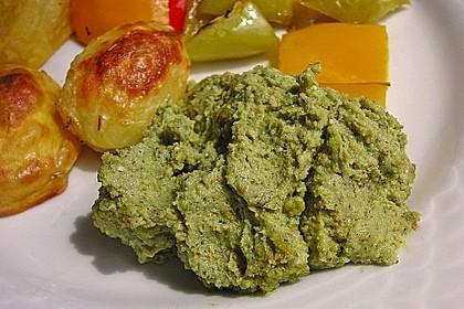 Walnuss-Cashew-Basilikum Pesto
