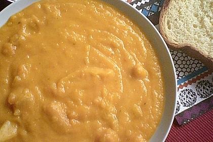 Cremige Kürbissuppe mit Äpfeln, Karotten und Kartoffeln 20