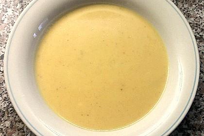 Cremige Kürbissuppe mit Äpfeln, Karotten und Kartoffeln 19