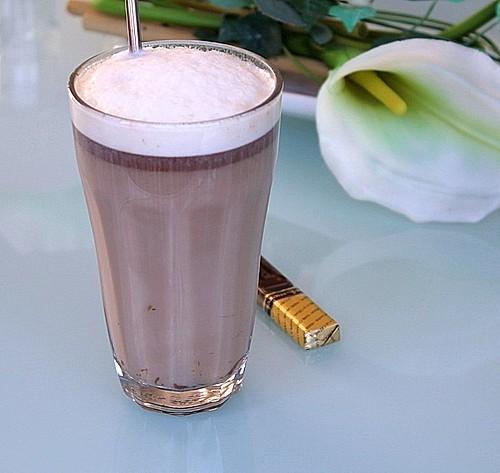 chai latte mit lieblings schokolade rezept mit bild. Black Bedroom Furniture Sets. Home Design Ideas