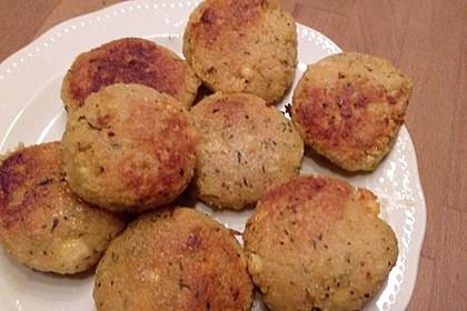 Couscous-Bratlinge mit Käse 36
