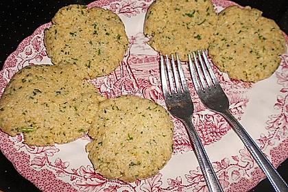 Couscous-Bratlinge mit Käse 56