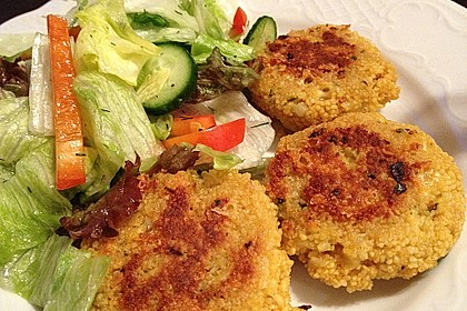 Couscous-Bratlinge mit Käse 9