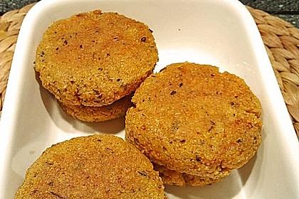 Couscous-Bratlinge mit Käse 38