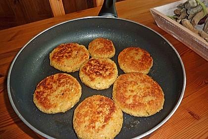 Couscous-Bratlinge mit Käse 39