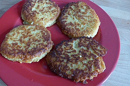 Couscous-Bratlinge mit Käse 62