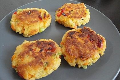 Couscous-Bratlinge mit Käse 45