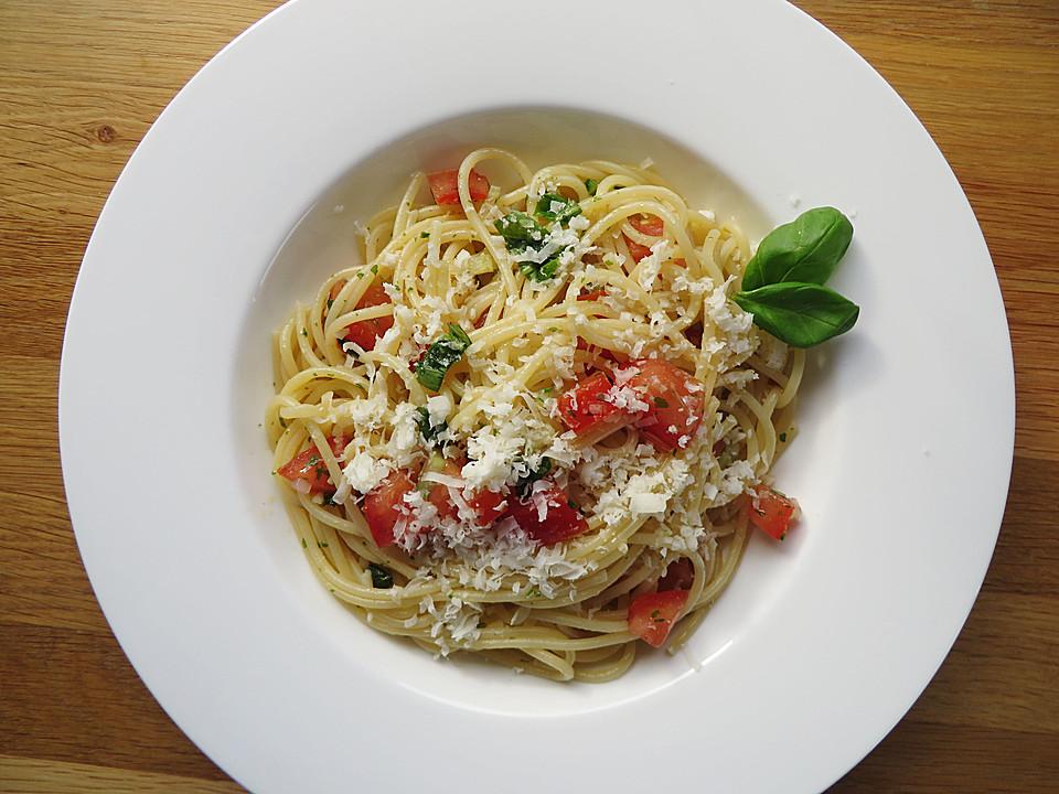 Kalte Sommerküche : Spaghetti mit kalter sauce aus rohen tomaten von hobbyköchin rj