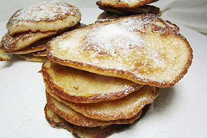 Bananen-Walnuss-Pfannkuchen