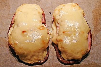 Fleischkäse auf Graubrot mit Senfhaube 3