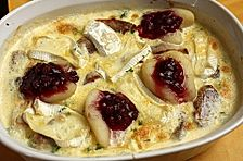 Schweinefilet-Gnocchi-Birnen-Preiselbeer-Brie-Gratin