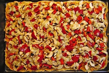 Pizza Knoblauch Champignon Paprika - vegan 7