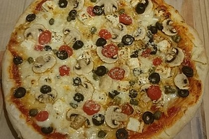 Pizza Knoblauch Champignon Paprika - vegan 4