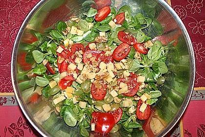 Frischer sommerlicher Salat