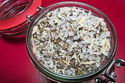 Basilikum-Parmesan-Salz