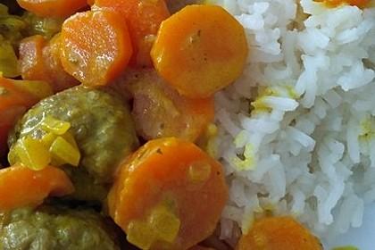 Hackbällchen in Möhren-Currysoße 22
