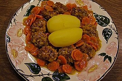 Hackbällchen in Möhren-Currysoße 13