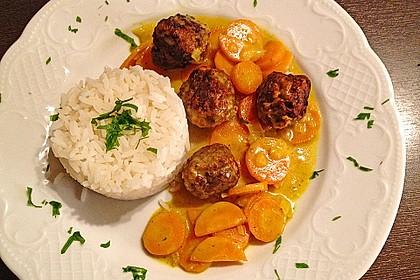 Hackbällchen in Möhren-Currysoße 1