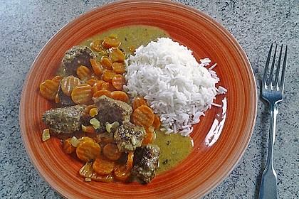 Hackbällchen in Möhren-Currysoße 18