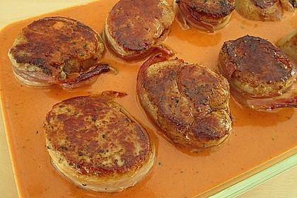 Schweinefilets mit Bacon und Tomatensahnesoße überbacken 7