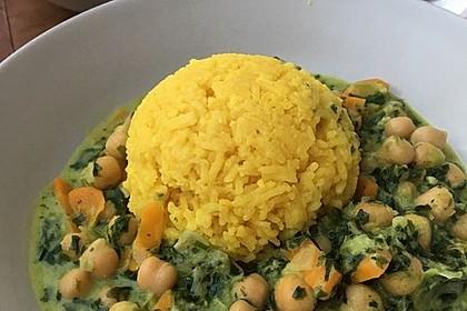 Veganes Kichererbsen-Curry mit Spinat und Möhre 7