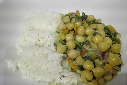Veganes Kichererbsen-Curry mit Spinat und Möhre 6