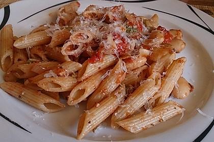 Pasta mit weißen Bohnen 3
