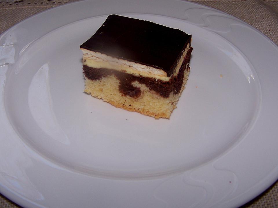 kirschkuchen donauwelle mit butterkeksen rezept mit bild. Black Bedroom Furniture Sets. Home Design Ideas