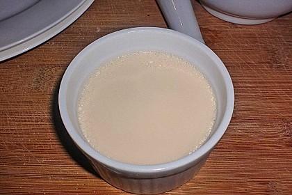 Karamell-Panna cotta mit Schokosoße 7
