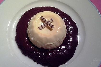 Karamell-Panna cotta mit Schokosoße 2