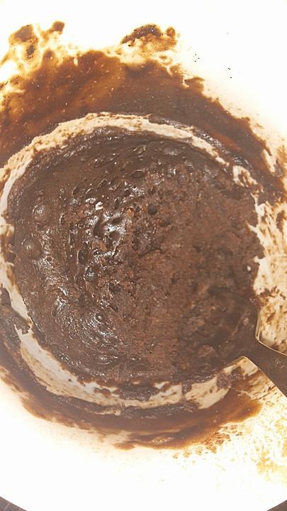 hot brownie kuchen aus der tasse rezept mit bild. Black Bedroom Furniture Sets. Home Design Ideas