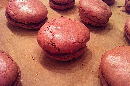 Macarons à la framboise 1