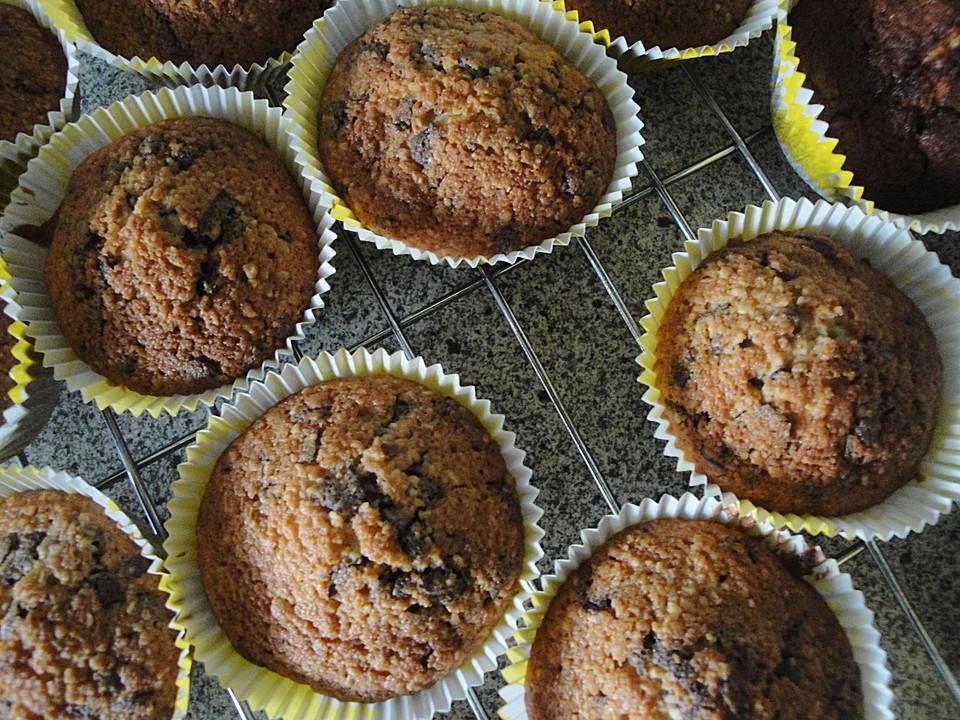 mandel schokoladen muffins rezept mit bild von cookie60. Black Bedroom Furniture Sets. Home Design Ideas